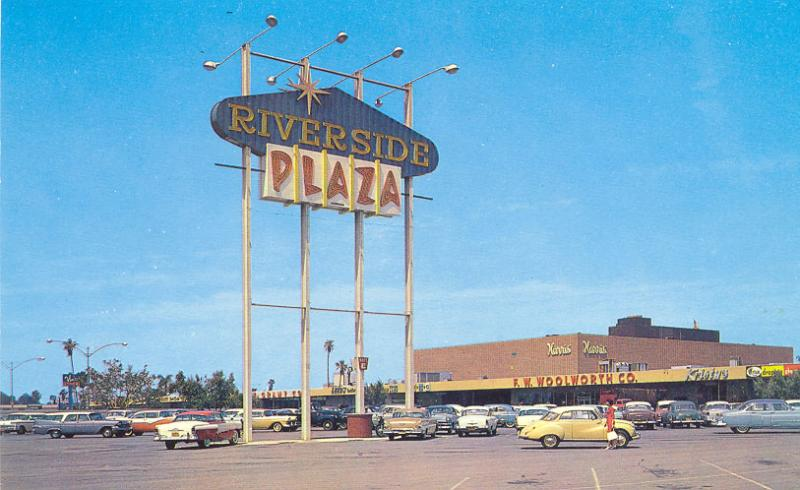 Riverside Plaza 1950s